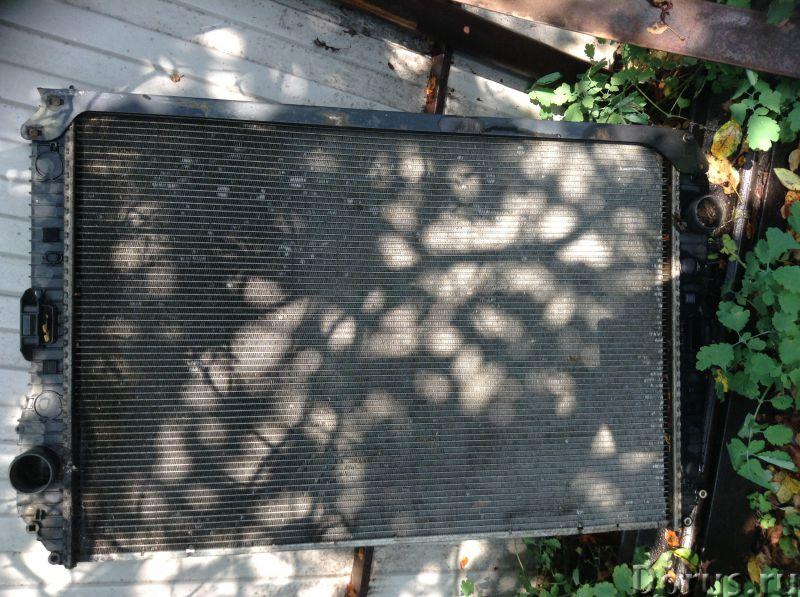 Радиатор мерседес аксор - Запчасти и аксессуары - Радиатор мерс аксор , немного сопливит - город Ива..., фото 1